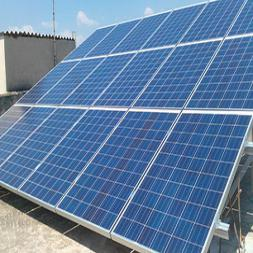 Photovoltaiksystem an privater Villa